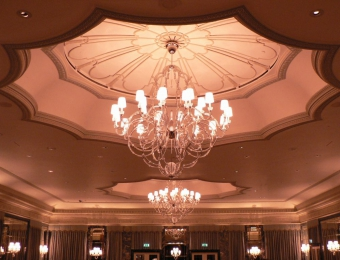 snipThe Dorchester London, Ballroom Chandelier