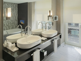 snipSchweizerhof Bern, Bathroom